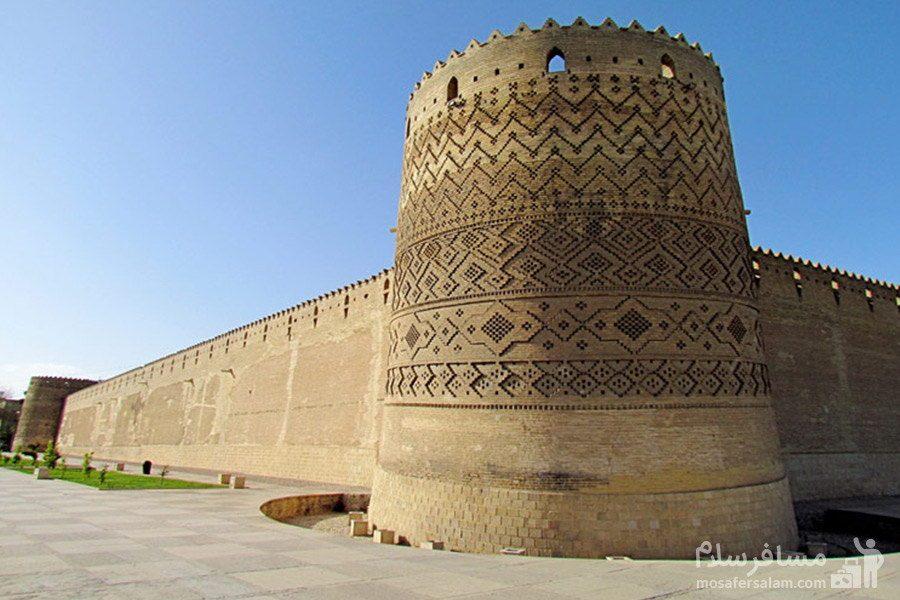 قلعه و دیوار آجری ارگ کریم خان زند
