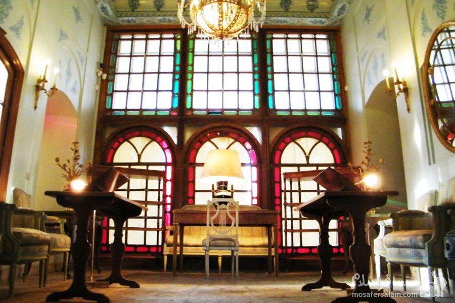 طبقه دوم باغ عفیف آباد شیراز