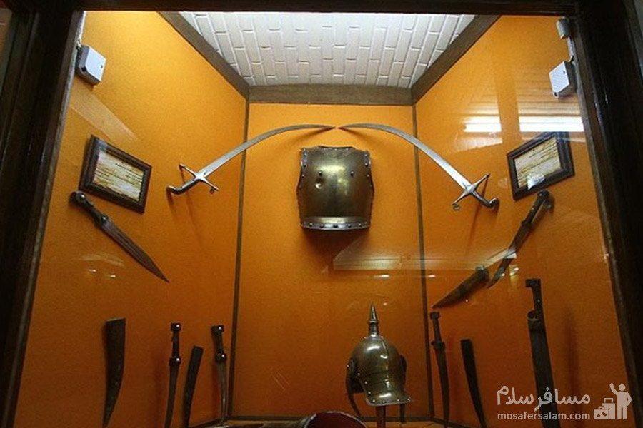 اسلحه های قدیمی باغ عفیف آباد شیراز
