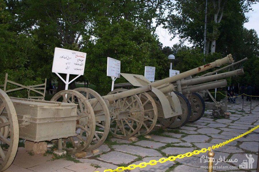 نمایش ادوات جنگی در باغ عفیف آباد شیراز