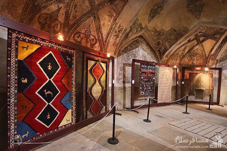آهک بری و نقاشی های حمام وکیل شیراز