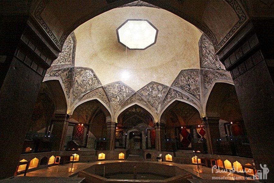 تصویری از فضای داخلی حمام وکیل شیراز