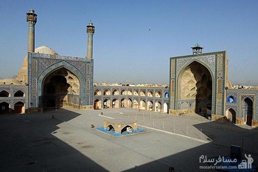 ضلع شمالی مسجد عتیق شیراز