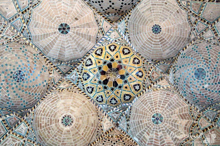 کاشی کاری و مقرنس کاری مسجد جامع عتیق شیراز