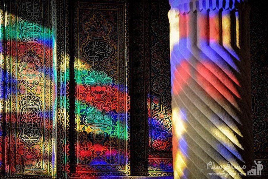 ستون سنگی شبستان غربی مسجد نصیرالملک