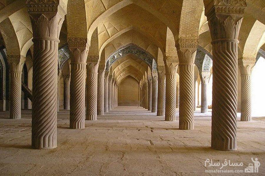 مسجد وکیل ساخته ی کریم خان زند