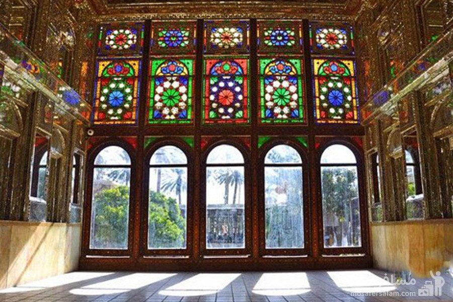 پنجره ها با شیشه های رنگی نارنجستان قوام