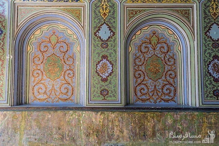 نقاشی روی دیوار نارنجستان قوام
