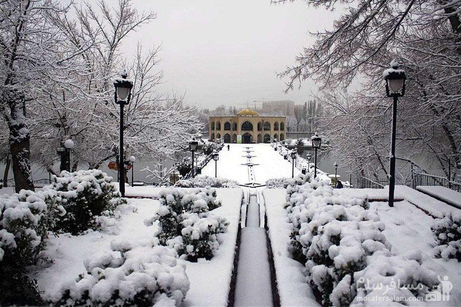 زمستان عمارت کلاه فرنگی