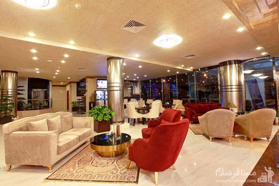 لابی طبقه هفتم هتل ایران کیش