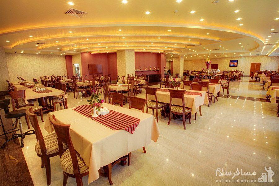 رستوران هتل ایران کیش
