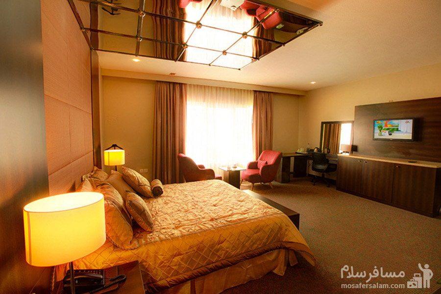 اتاق دوتخته VIP هتل ایران کیش