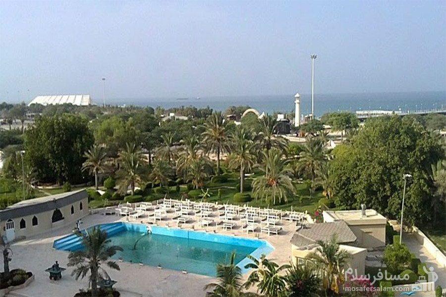 هتل شایان کیش استخر روباز