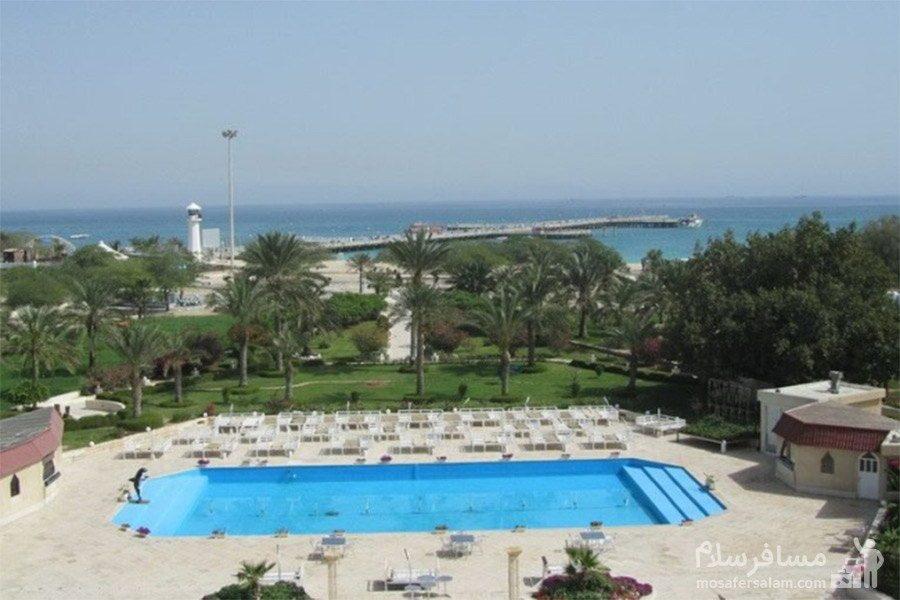 استخر روباز هتل شایان کیش
