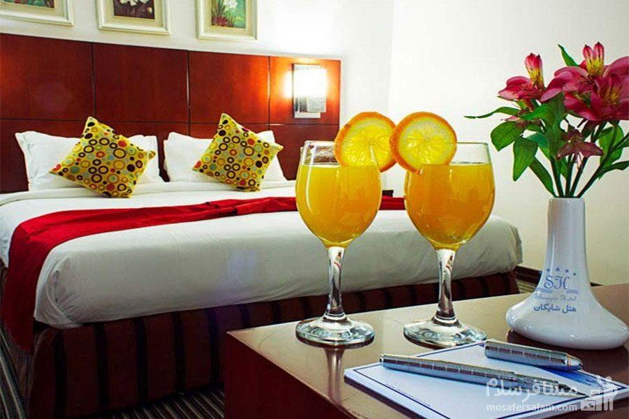 اتاق دوتخته دبل هتل شایگان کیش
