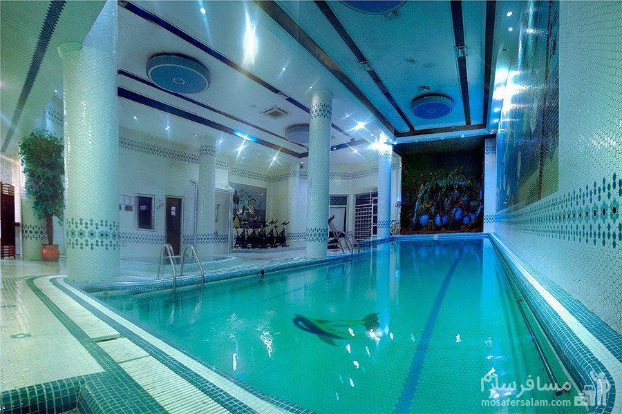 استخر هتل شایگان