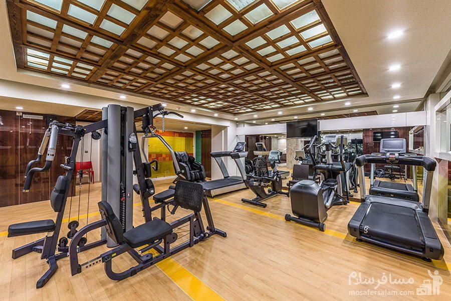 مجموعه ورزشی و بدنسازی هتل آرمان مشهد