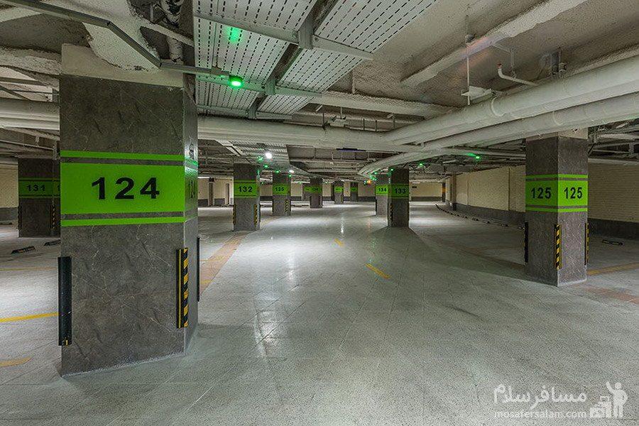 پارکینگ هتل آرمان مشهد