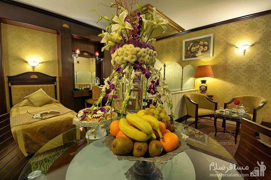 گل آرایی هتل بین المللی قصر مشهد
