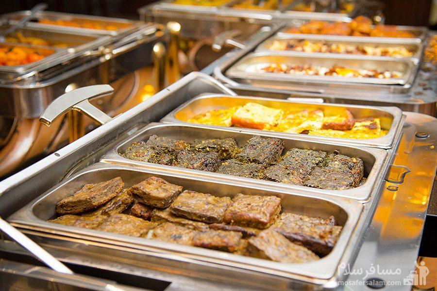 انواع کوکو برای صبحانه هتل بین المللی قصر مشهد