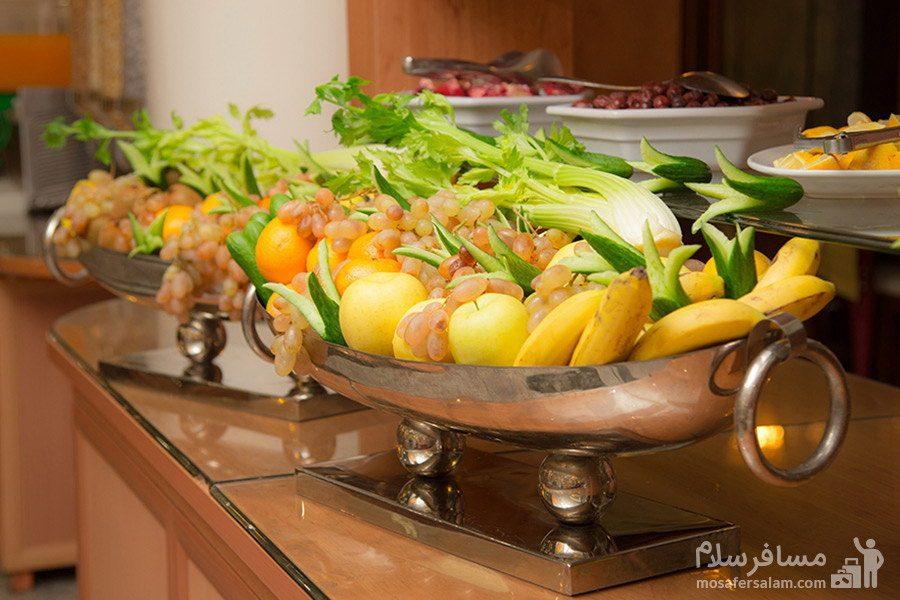 میز بار میوه، هتل بین المللی قصر مشهد