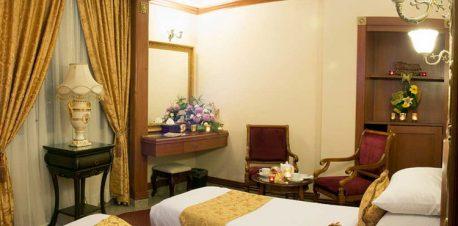 دبل لاکچری هتل قصر طلایی مشهد