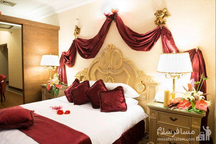 دبل آتریوم هتل قصر طلایی مشهد