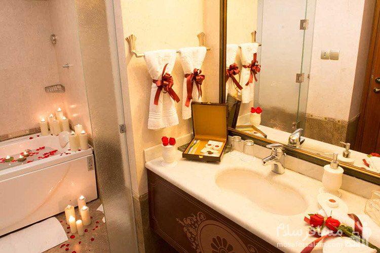 دستشویی و حمام هتل قصر طلایی مشهد