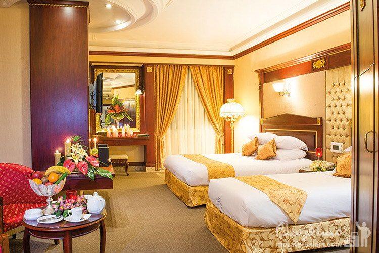 اتاق رویال هتل قصر طلایی مشهد