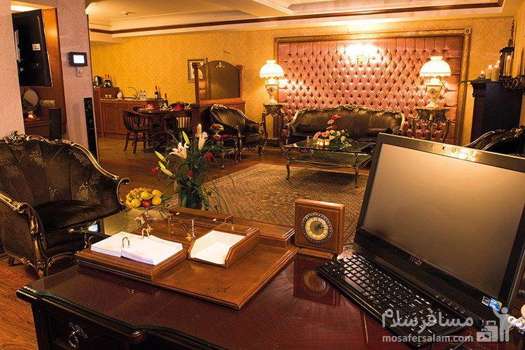 دبل پرزیدنت هتل قصر طلایی مشهد
