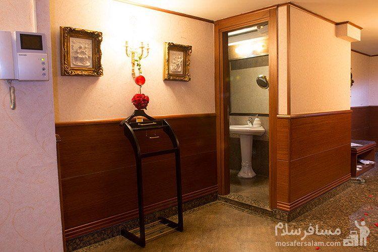 امپریال سوئیت هتل قصر طلایی