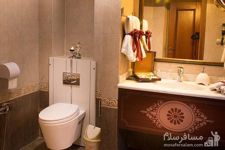 حمام هتل قصر طلایی مشهد