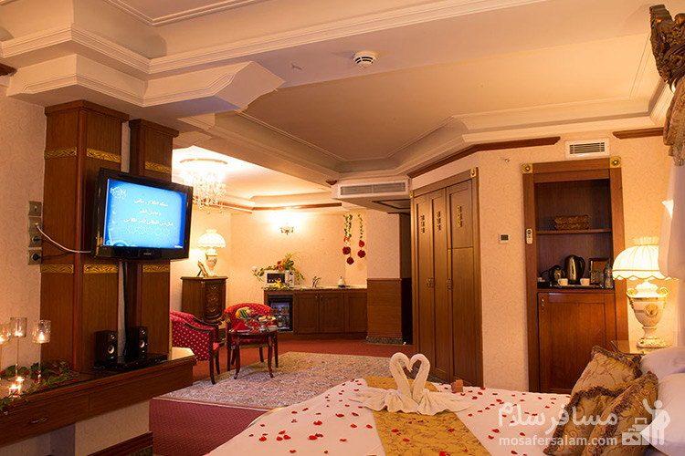 اتاق ماه عسل هتل قصر طلایی