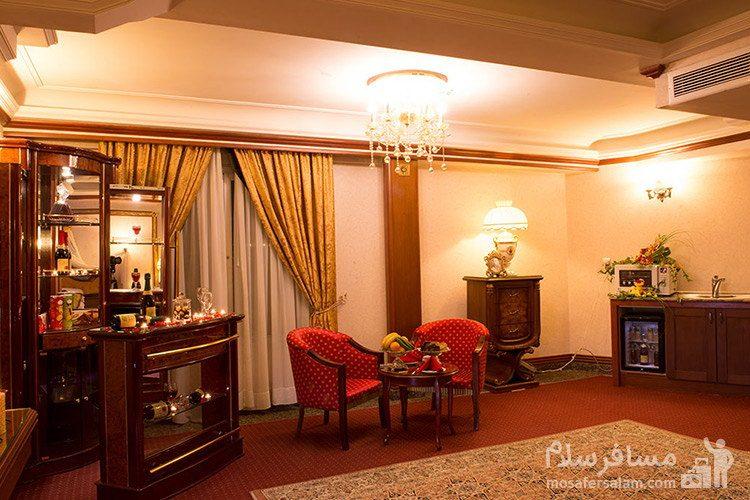 مینی بار هتل قصر طلایی مشهد