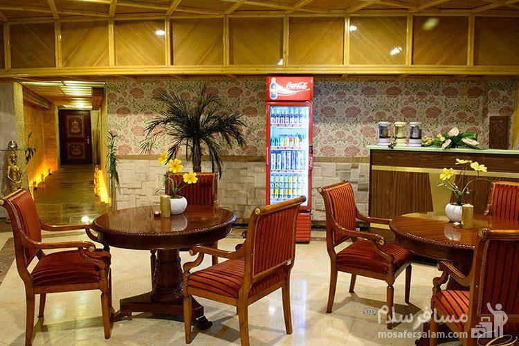 کافی شاپ لابی هتل قصر طلایی
