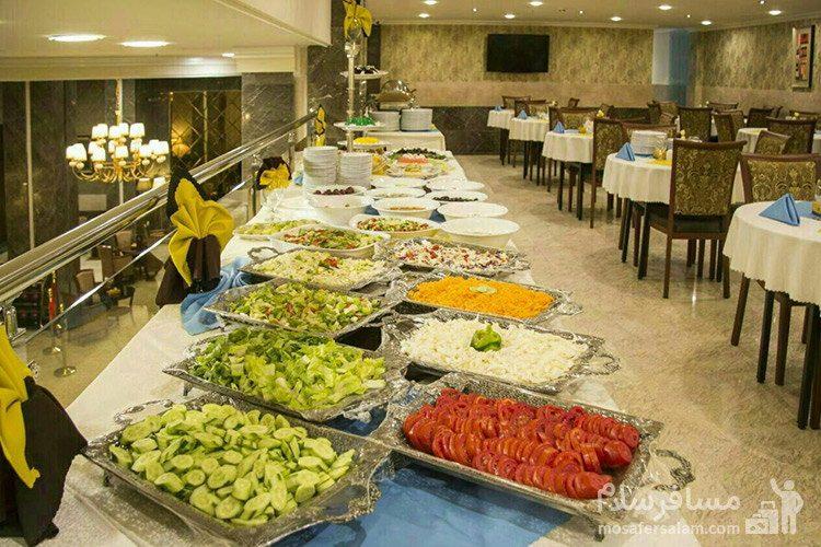 سالاد بار هتل ایران زمین مشهد