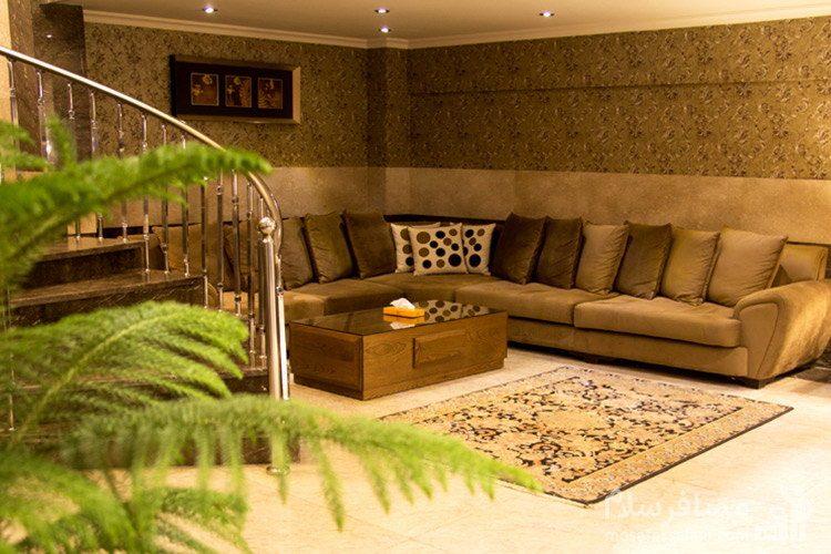 محل انتظار لابی هتل ایران زمین مشهد