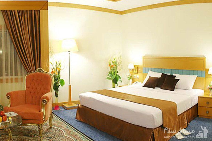 اتاق خواب هتل مدینه الرضا