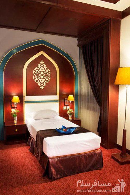 اتاق یکتخته هتل مدینه الرضا