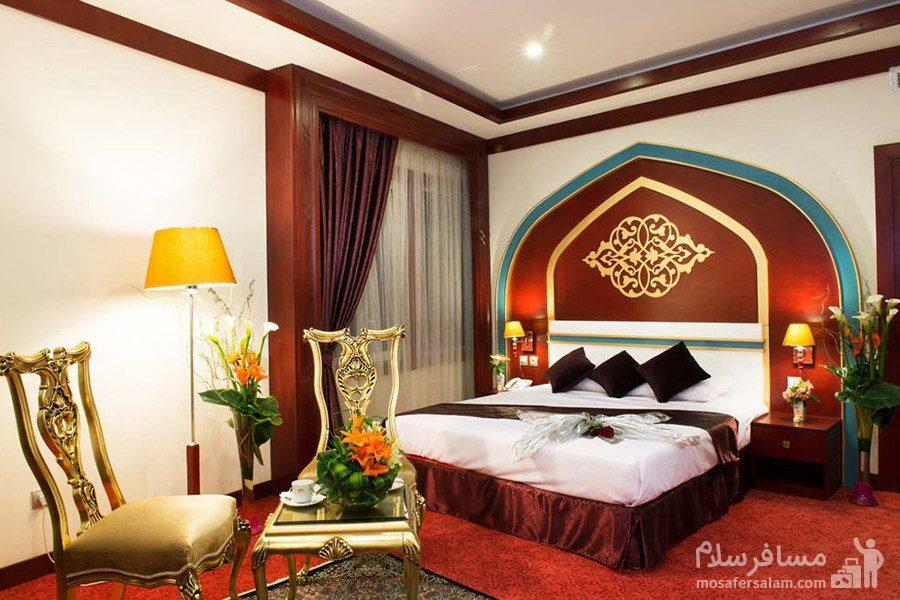 نمایی از اتاق خاص هتل مدینه الرضا