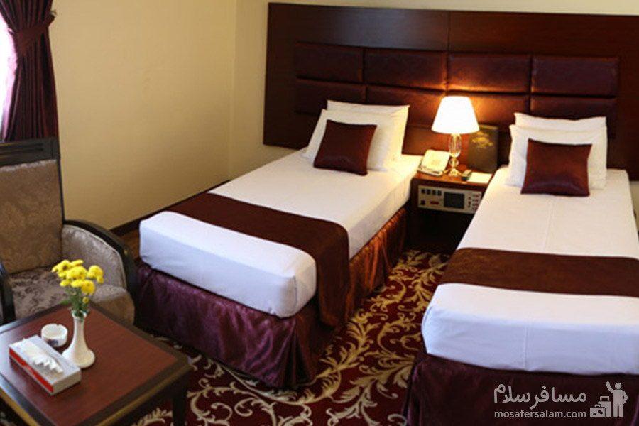 اتاق خواب هتل مشهد در مشهد