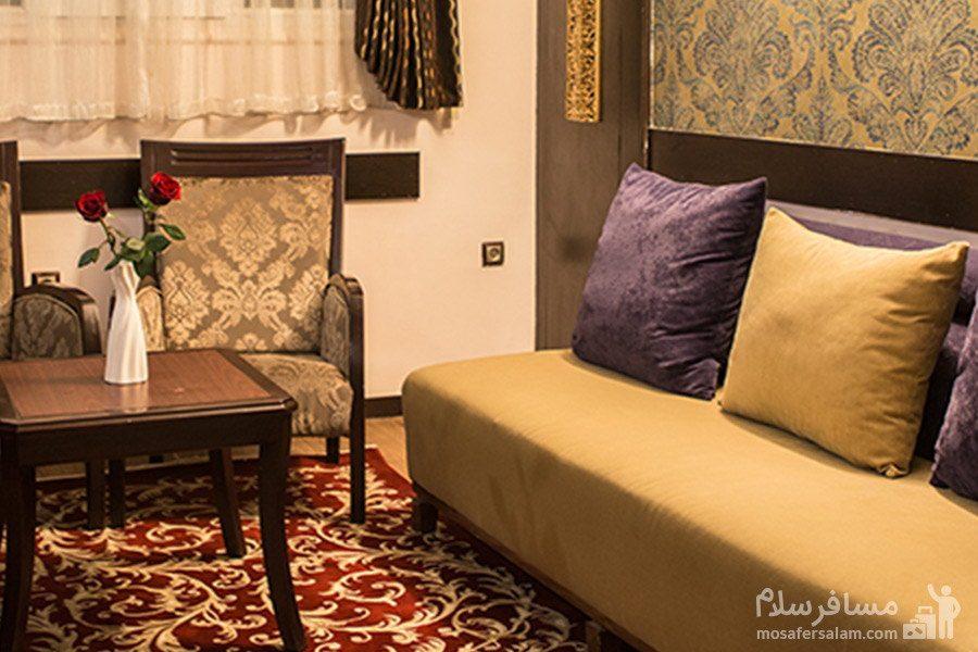 اتاق در هتل مشهد