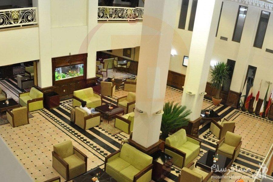 نمای دیگر از لابی هتل رضویه مشهد