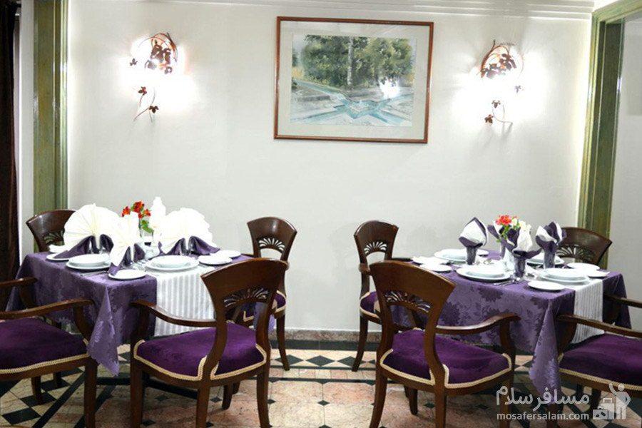 میز غذا خوری هتل رضویه مشهد