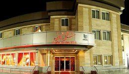 هتل ثامن