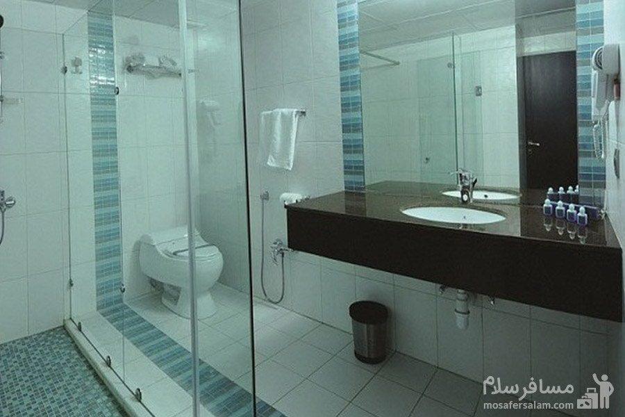 حمام هتل تهران مشهد