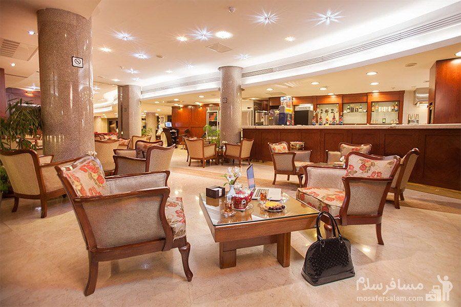 سالن کافی شاپ هتل توس مشهد