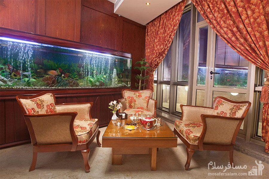 میز کافی شاپ هتل توس مشهد