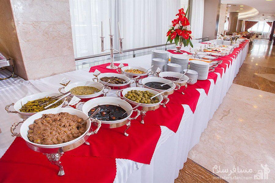 میز ناهار هتل توس مشهد