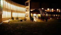 هتل باری (دنیز)